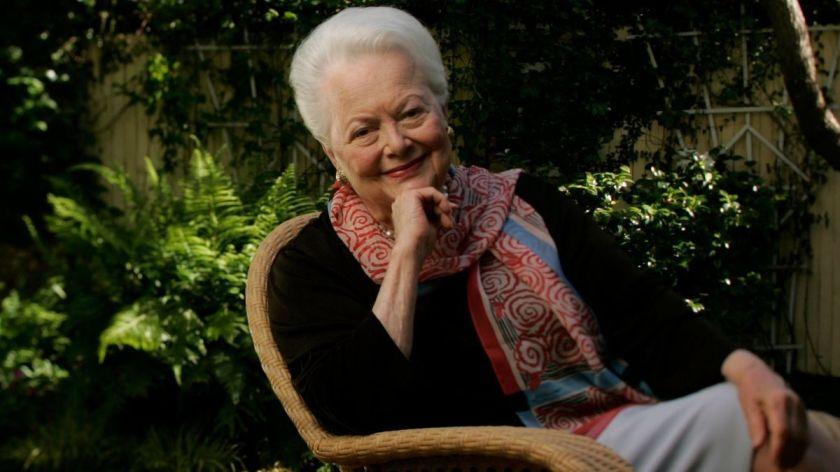 हलिउडमा ५० वर्षको करियर बनाएकी अभिनेत्री ओलिभियाको १०४ वर्षको उमेरमा निधन