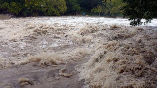 मुलुकका केही नदी र खोलामा आकस्मिक बाढी आउन सक्नेः सतर्क रहन मौसमविद्को आग्रह