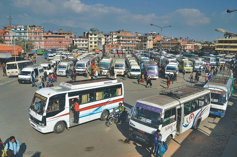 आज असोज १ गतेदेखि लामो दुरीको सवारी चले, काठमाडौंका बजार समेत खुले