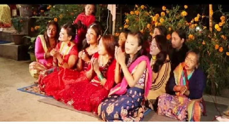 गायिका जुनी खालिङ राईको तिहार लक्षित' सयपत्री फुल्यो मखमली फुल्यो'  गीतको म्युजिक भिडियो सार्बजनिक