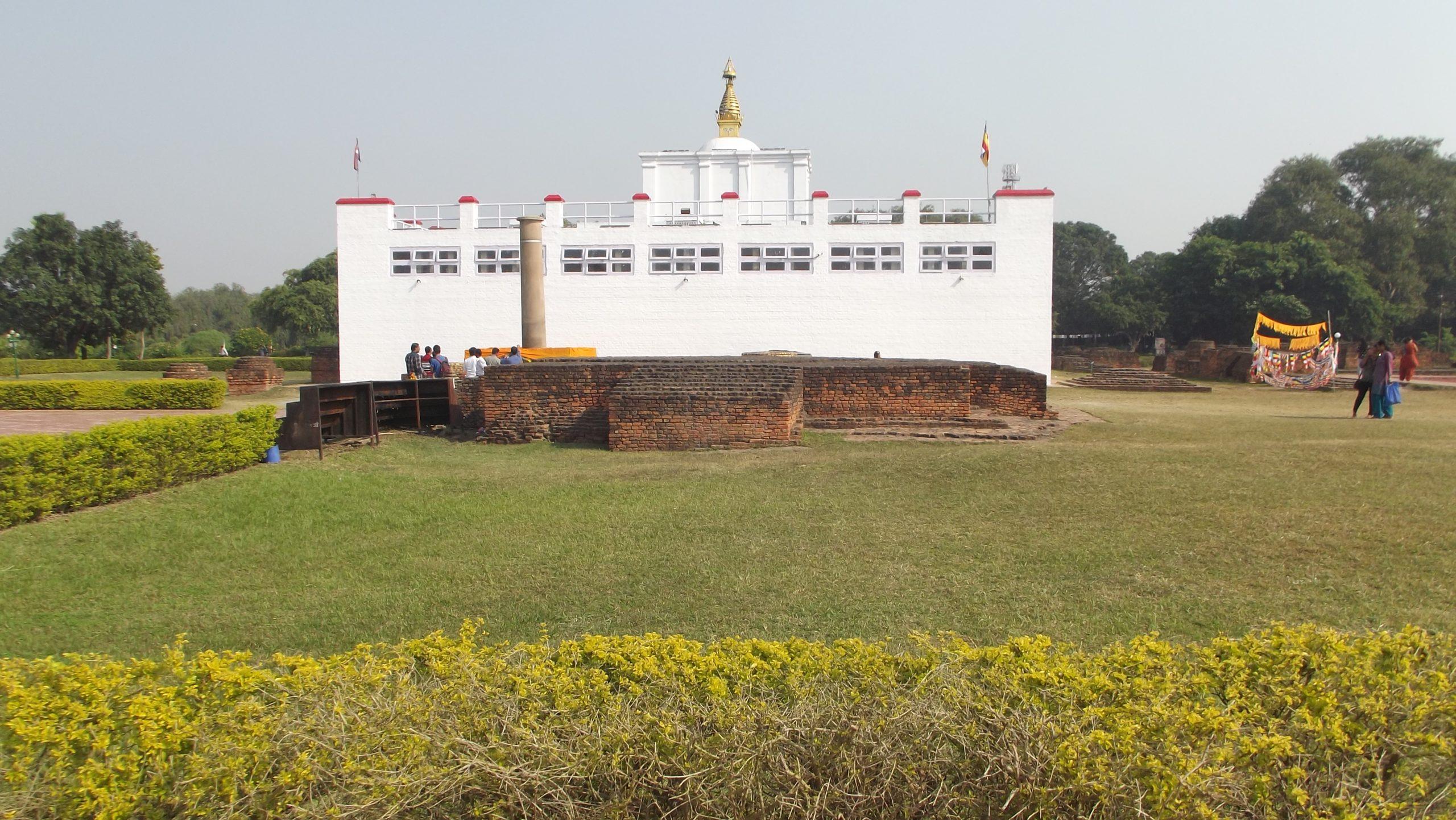 बुद्ध जन्मस्थल लुम्बिनीमा पर्यटकको चहलपहल