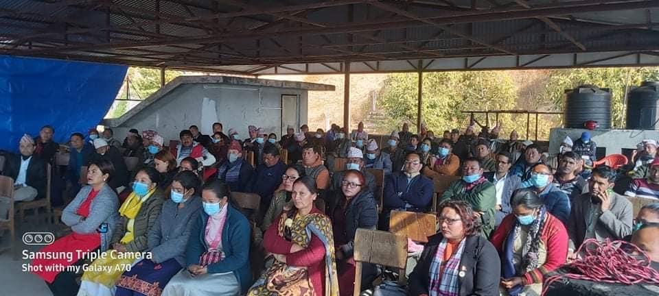 धनकुटाका सबै जनप्रतिनिधि प्रधानमन्त्री ओलीको पक्षमा
