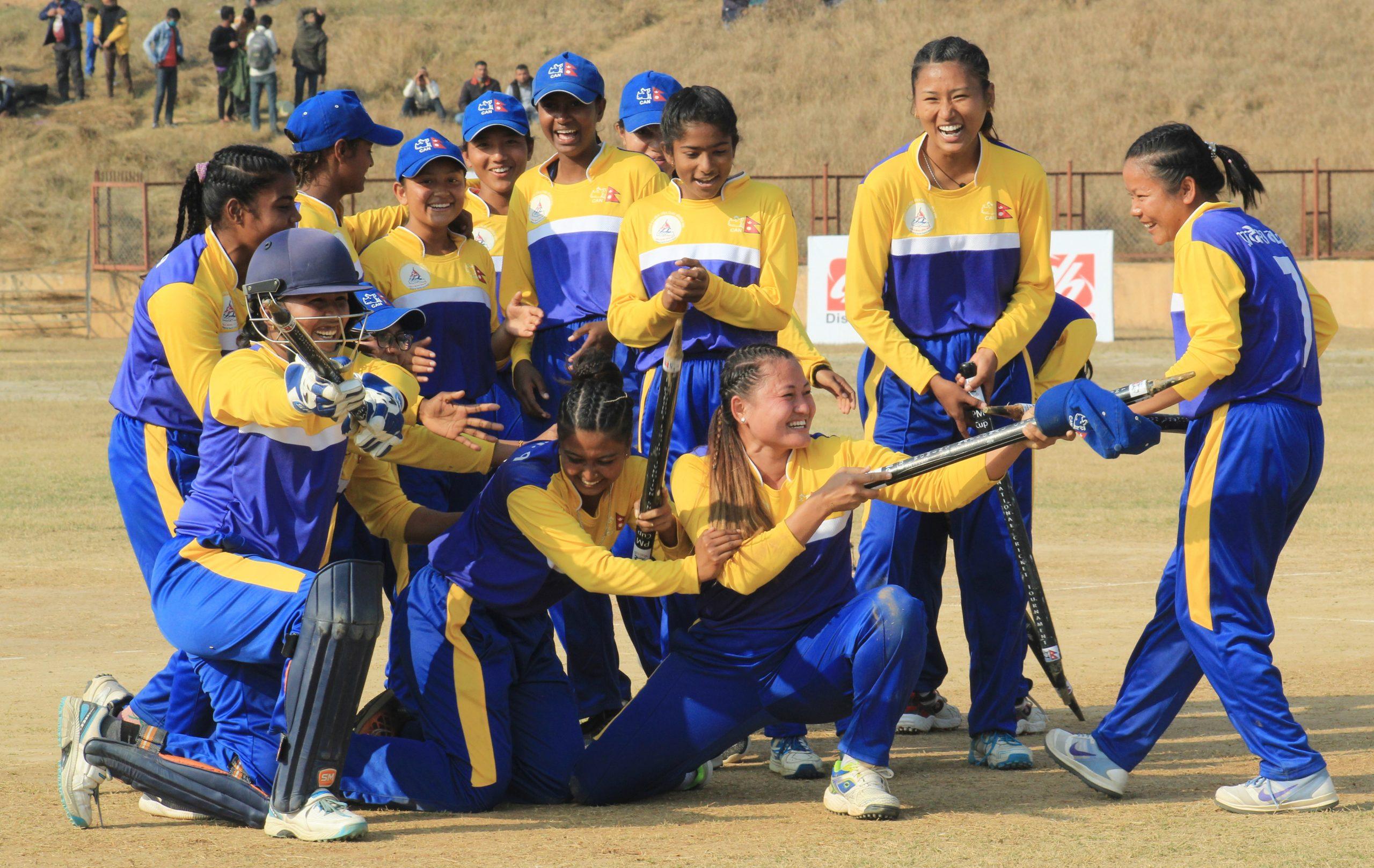 प्रदेश १ लाई प्रधानमन्त्रीकप महिला राष्ट्रिय क्रिकेट प्रतियोगीताको उपाधी