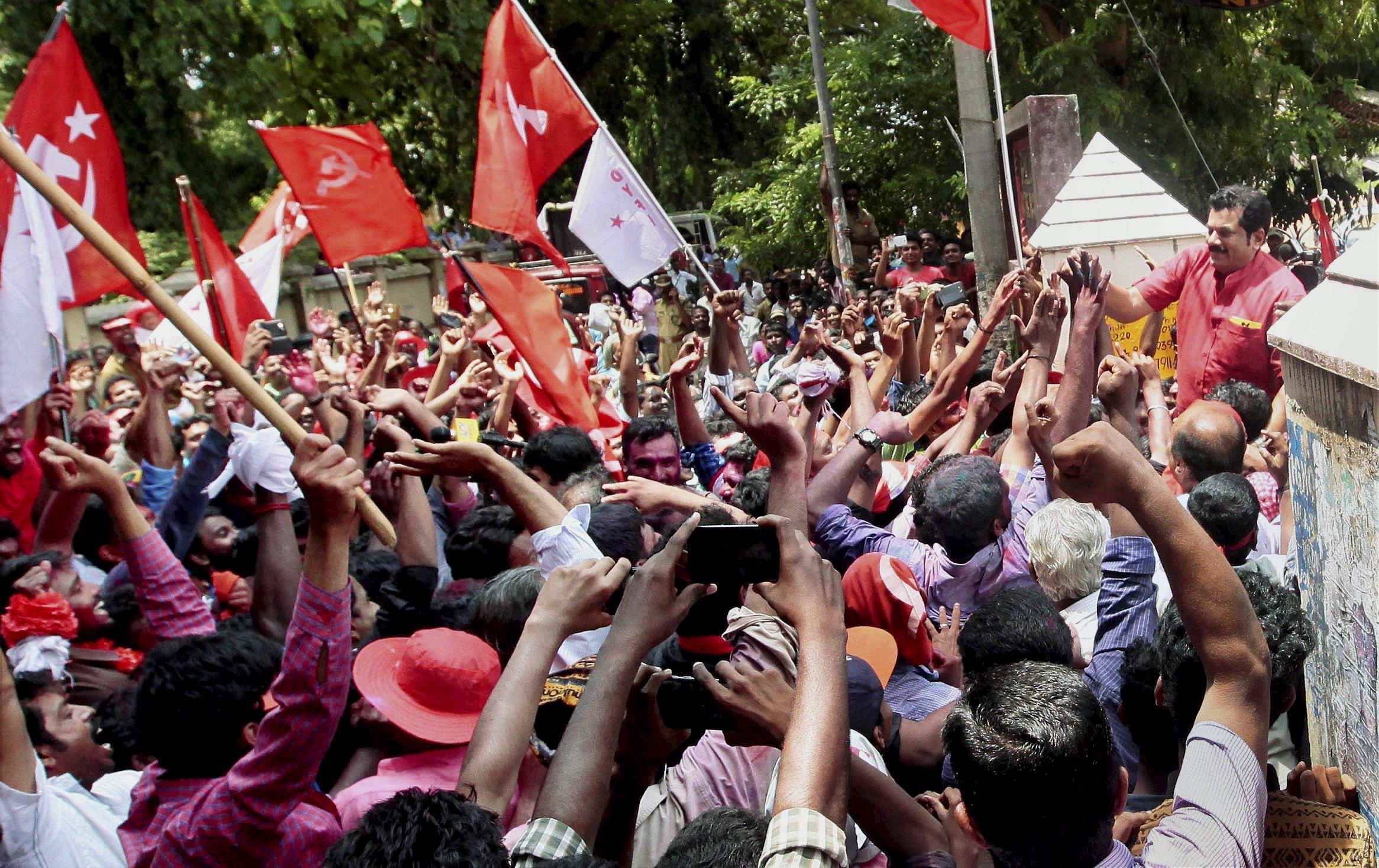 इतिहास रच्दै केरलामा कम्युनिस्ट गठबन्धनको बहुमत, पिनारायी विजयन मुख्यमन्त्री बन्दै