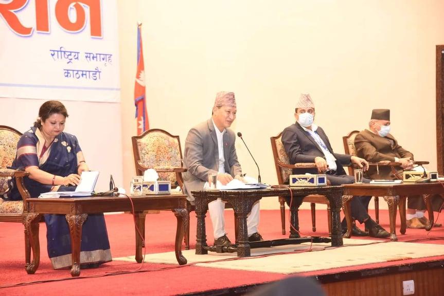 काठमाडौं महानगरपालिकाको नीति तथा कार्यक्रम सर्वसम्मत पारित, मेयर शाक्य भन्छन्- म महानगरवासीको मेयर हुँ, दल हेरेर उपेक्षा गरिन र गर्दिन