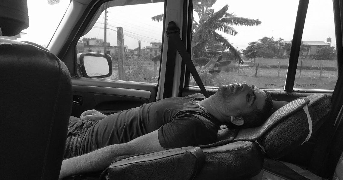 मुख्यमन्त्री कार्यालय अगाडी बेहोस अवस्थामा भेटिएका चालकको मृत्यु