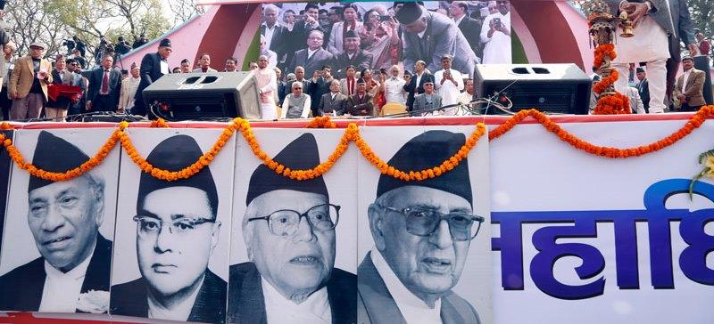 कांग्रेस महाधिवेशन : डडेल्धुराका देउवालाई काठमाडौंका सिंहको च्यालेन्ज, कोइराला परिवारका दाजुभाइ नै सभापतिको दौडमा